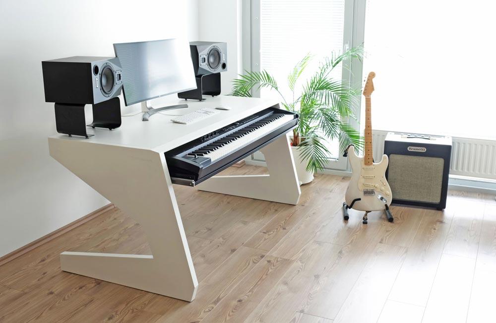 UNTERLASS KEY 88 Keyboard Tisch